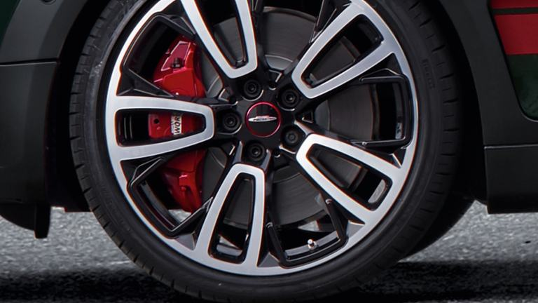 "MINI John Cooper Works – 18"" light alloy wheels – 18"" brakes"